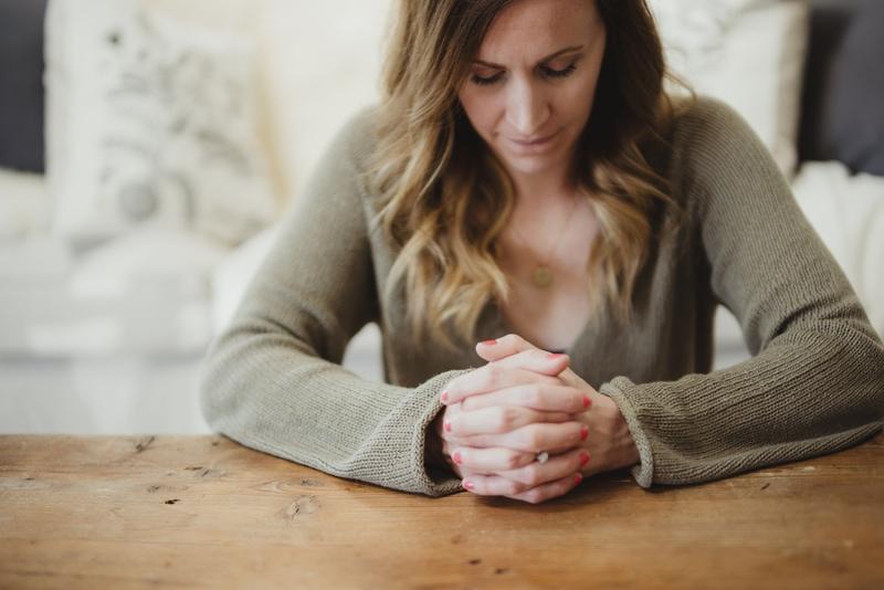 woman_praying to god Christian religion